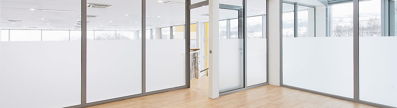 glass wall partitions sunshine coast